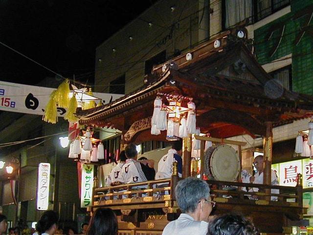 SHIROTORIYAGURA